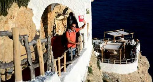 Cova d'en Xoroi, Calan Porter, Menorca «El Mejor atardecer de la isla»