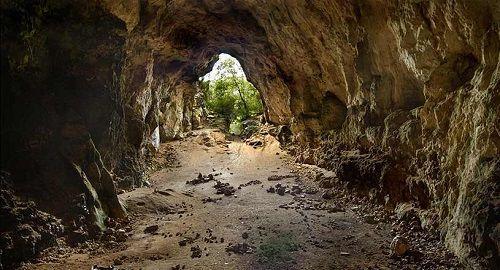 Cova des Coloms, Barranc de Binigaus, Es Migjorn