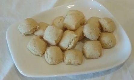 Cocina, receta, ingredientes, chef, menú, cazuela, fogones, carquinyols, biscote, pasta seca, almendras, pan tostado dulce, canalmenorca.com