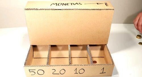cartón, papel, hoja, doblar, origami, papiroflexia, manualidad, mano, juguete, máquina, clasificar, monedas, contar, separar, canalmenorca.com