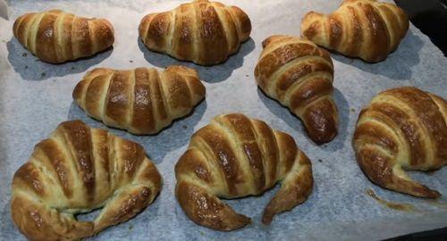 Croissants o medialunas de Mantequilla