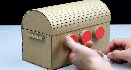 COFRE del TESORO de cartón con contraseña de tres dígitos
