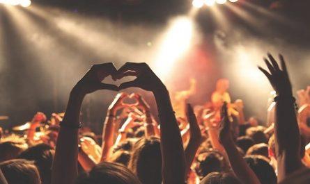 Wargrat, Isidoro, Música, Los 40 Principales, Estrenos semanales, Lista Oficial, Vídeos, Subidas, Bajadas, Septiembre, Pinchadiscos, DJ, disc jockey, DeeJay, Mezclas Música, Compositores, Bombazos, Pelotazos, Menorca, Discotecas, Salas de Fiesta, Night Club, After, canalmenorca.com