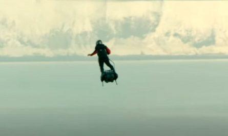 vídeos, asombrosos, increíbles, pasmoso, sorprendente, admirable, fascinante, mágico, milagroso, portentoso, prodigioso, sobrehumano, increíble, fenomenal, sensacional, estupendo, extraordinario, desconcertante, canalmenorca.com, Franky Zapata, Hombre Volador, Canal de la Mancha, Flyboard acuático, jet ski, Flyboard Air, Louis Blériot