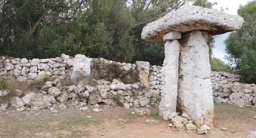 Poblado Talayótico TORRETRENCADA, Ciutadella, Menorca