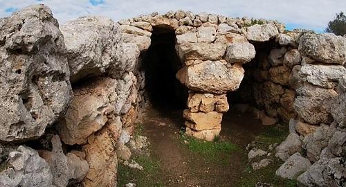 Poblado preTalayótico de Son Mercer de Baix, Ferrerias, Menorca