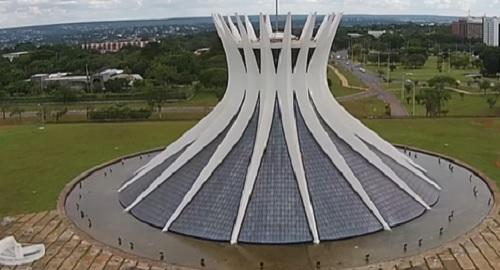 La Catedral Nossa Senhora Aparecida de Brasilia