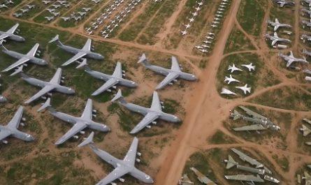 vídeos, asombrosos, increíbles, pasmoso, sorprendente, admirable, fascinante, mágico, milagroso, portentoso, prodigioso, sobrehumano, increíble, fenomenal, sensacional, estupendo, extraordinario, desconcertante, 309th Aerospace Maintenance and Regeneration Group, AMARG, Cementerio Aviones, Military Aircraft Storage and Disposal Center, MASDC, Plane Boneyard, Tucson, Arizona, USA, Estados Unidos, canalmenorca.com