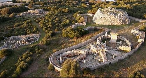 Poblado Talayótico de TREPUCÓ, Mahón, Menorca