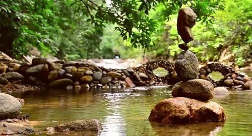 vídeos, asombrosos, increíbles, pasmoso, sorprendente, admirable, fascinante, mágico, milagroso, portentoso, prodigioso, sobrehumano, increíble, fenomenal, sensacional, estupendo, extraordinario, desconcertante, Edmonton , Alberta, Canadá, Boulder, Colorado, equilibrio rocas, stone, Michael Grab, canalmenorca.com