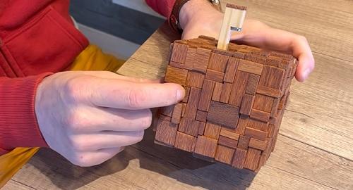 Puzzles y Rompecabezas Únicos creados por «MADE it Cristian Csiszar»