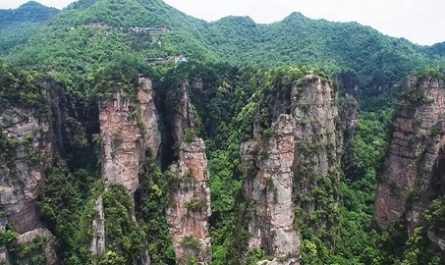 Vídeos increíbles, lugares maravillosos, naturaleza, viajar, explorar, aventura, Cómo llegar, Dónde está, Canalmenorca.com, Montañas Pilares Gigantes, TIANZI, Hunan, China, Avatar, Película, Zhangjiajie, Suoxi, Dinastia Ming, montaña Qingyan, Areniscas Cuarzo, canalmenorca.com