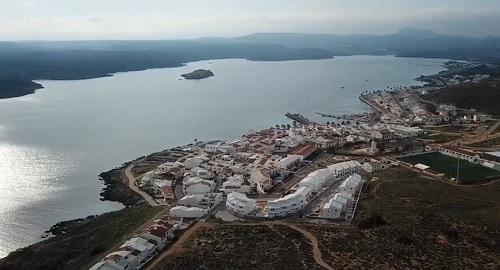 Belleza Singular de la BAHÍA de FORNELLS, Menorca