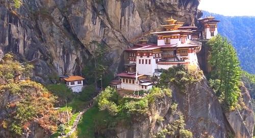 Monasterio TAKTSHANG en Bután, El «Nido del Tigre» Reino Budista del Himalaya